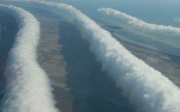 Không chỉ có quái vật khổng lồ, bầu trời của nước Úc cũng vô cùng kỳ lạ với loại mây siêu hiếm này