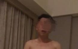 """Quan Trung Quốc bị chính vợ quay clip """"mát mẻ"""" tố cáo"""