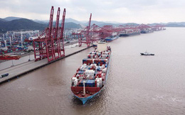 """Trung Quốc """"thất thế"""" trong cuộc chiến thương mại với Mỹ"""