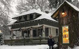 Hi sinh cây cổ thụ trăm tuổi cạnh nhà, người phụ nữ xây dựng thành một thư viện đầu tiên cho cả khu dân cư