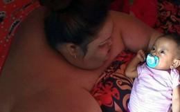 Lời khẩn cầu đau đớn của người phụ nữ béo nhất Indonesia, 6 năm không bước ra khỏi nhà, phải nằm sấp để ngủ
