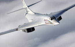 Mỹ, Canada điều loạt chiến cơ chặn 2 máy bay ném bom Nga gần không phận Canada