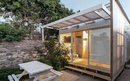 Ngôi nhà 'hot rần rần' vì diện tích cực nhỏ và tiết kiệm chi phí nhờ làm từ chất liệu gỗ và Polycarbonate