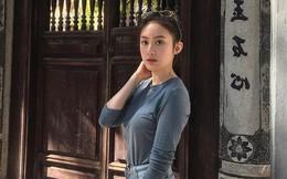 Hot girl Lào gốc Việt về Hà Nội ăn Tết, khoe ảnh rạng rỡ trên phố đi bộ