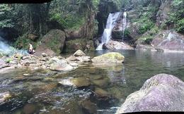 Chụp ảnh ở thác nước, một thanh niên tử vong
