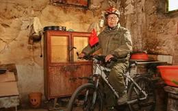 Đợi vợ con say ngủ, lão nông 73 tuổi đạp xe chu du khắp thế giới suốt 10 năm