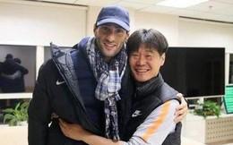 Lộ ảnh tập luyện tại Trung Quốc, cựu sao Manchester United sẵn sàng đối đầu Quang Hải, Duy Mạnh