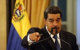"""Nga """"đường đường chính chính"""" chuyển 300 tấn hàng cứu trợ tới Venezuela"""