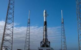 SpaceX vừa phóng thành công 3 tàu vũ trụ mới, 1 sẽ lên đường tới Mặt Trăng