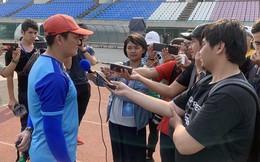 """HLV Quốc Tuấn: """"Danh Trung chưa hồi phục 100% cho trận bán kết"""""""