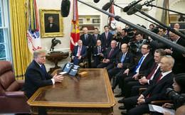 """Ông Donald Trump bị """"lên lớp"""", Phó Thủ tướng Trung Quốc bật cười"""