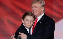 Đã tìm ra câu trả lời cho diện mạo xuất chúng của cậu út nhà Trump: Tất cả là nhờ thừa hưởng hết nét đẹp của bố