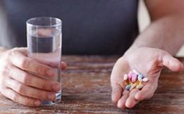 Điều gì xảy ra khi uống cùng lúc nhiều loại thuốc?