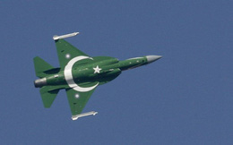 Cận cảnh vụ thử tên lửa mới của Pakistan giữa lúc xung đột với Ấn Độ