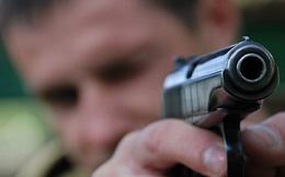 Tướng lĩnh, đô đốc Nga... thi bắn súng với tùy viên quân sự Mỹ