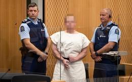 Hình ảnh đầu tiên của sát thủ hàng loạt tại New Zealand khi ra toà sáng nay
