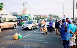 Băng qua đường, 2 nữ tu sĩ bị ô tô đâm thương vong