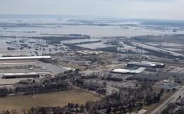 Căn cứ không quân trọng yếu của Mỹ bị nước lũ nhấn chìm