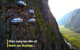 Khách sạn cheo leo trên vách núi, muốn lên phải đu dây cáp ở Peru