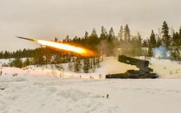 """Nga-Mỹ động binh """"dằn mặt"""": Đối đầu khoe sức mạnh vũ khí siêu phàm?"""