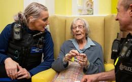 Lạ đời chuyện cụ bà 104 tuổi khao khát ngồi tù