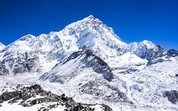 Băng tan trên đỉnh Everest làm lộ ra hàng trăm thi thể
