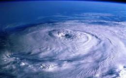 Tâm bão là vùng lặng gió
