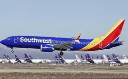 Boeing 737 MAX 8 hạ cánh khẩn cấp xuống Florida vì lỗi động cơ