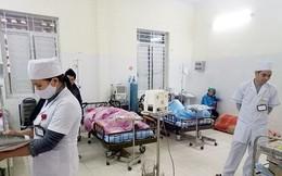Hàng trăm người nhập viện sau khi ăn tiệc đám cưới