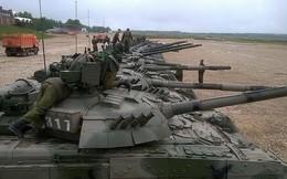 [ẢNH] Campuchia tiếp nhận số lượng lớn xe tăng T-80U-E1 của Nga?