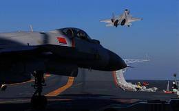 """Oanh tạc cơ Mỹ và Trung Quốc """"vần vũ"""" bầu trời Tây Thái Bình Dương"""