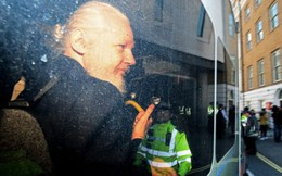 Lý do Ecuador không còn cho ông Assange tị nạn