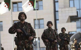 Lo biểu tình, Algeria đóng các lối vào thủ đô ngày thứ Sáu
