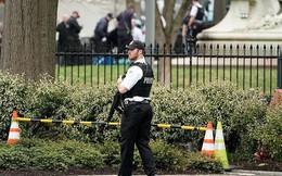 Một người đàn ông tự thiêu bên ngoài Nhà Trắng