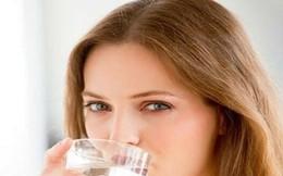 Điều gì xảy ra khi bạn uống nước ngay khi thức dậy?