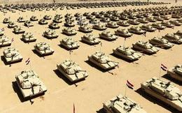 [ẢNH] Quân đội Ai Cập phô trương sức mạnh khi tình hình Lybia tiếp tục nóng bỏng