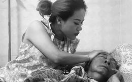 Rơi nước mắt khi chứng kiến tình phụ tử của nghệ sĩ Lê Bình: Không còn cảm giác cha vẫn thích được con gái bóp chân cho!