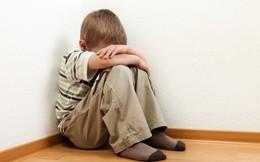 Liệu pháp cấy phân giúp giảm một nửa triệu chứng tự kỷ