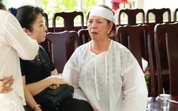 Vợ cũ òa khóc nức nở, chia sẻ về giây phút cuối cùng trước khi ra đi của nghệ sĩ Lê Bình