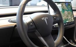 Công ty Trung Quốc mua cả bảng quảng cáo ở Quảng trường Thời đại để bêu xấu Tesla