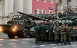 Tại sao các cuộc diễu hành của Nga lại thu hút sự theo dõi của phương Tây?