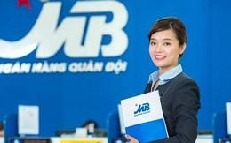 Lương nhân viên MBBank tăng 74% lên hơn 31 triệu, chỉ thấp hơn Vietcombank