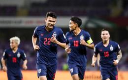 Thái Lan cũng đau đầu vì tiền đạo như tuyển Việt Nam