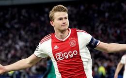 Chỉ cần một pha 'thả tim', chàng cầu thủ đẹp trai của Ajax khiến hàng ngàn fan MU điêu đứng