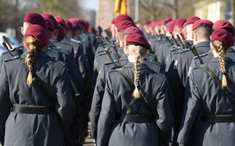 Hàng trăm binh sĩ Đức 'không đủ tiêu chuẩn tại ngũ' sau khi làm nhiệm vụ