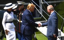 Tổng thống Trump liên tục vi phạm quy tắc Hoàng gia Anh