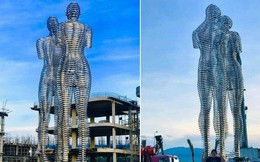 """HOT: Hình ảnh """"nhá hàng"""" hiếm hoi của bức tượng tình nhân """"biết đi"""" lần đầu tiên có mặt tại Việt Nam"""