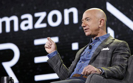 Jeff Bezos: Tôi muốn cứu nhân loại bằng cách lên Mặt Trăng