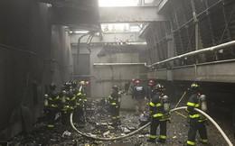 Hiện trường vụ trực thăng lao vào tòa nhà 54 tầng ở New York