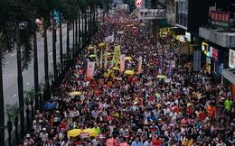 Biểu tình dữ dội bùng nổ ở Hong Kong, giao thông tê liệt hoàn toàn